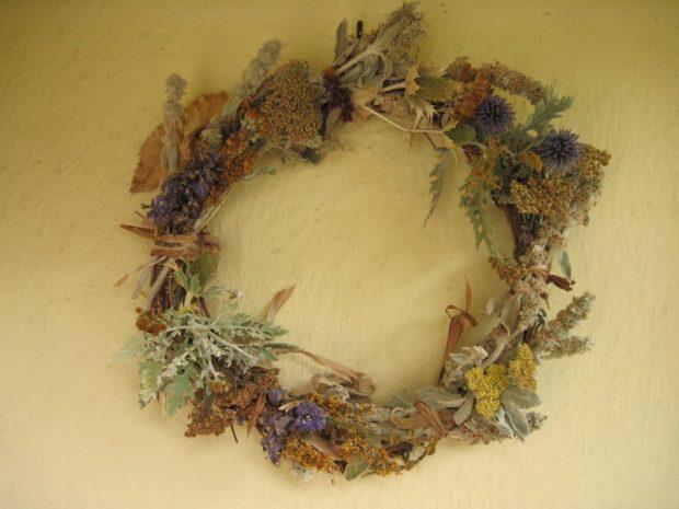 Wreath made from dead flower stalks
